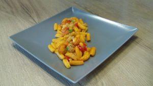 malloreddus grossi con aglio, olio, peperoncino e bisque di scampi
