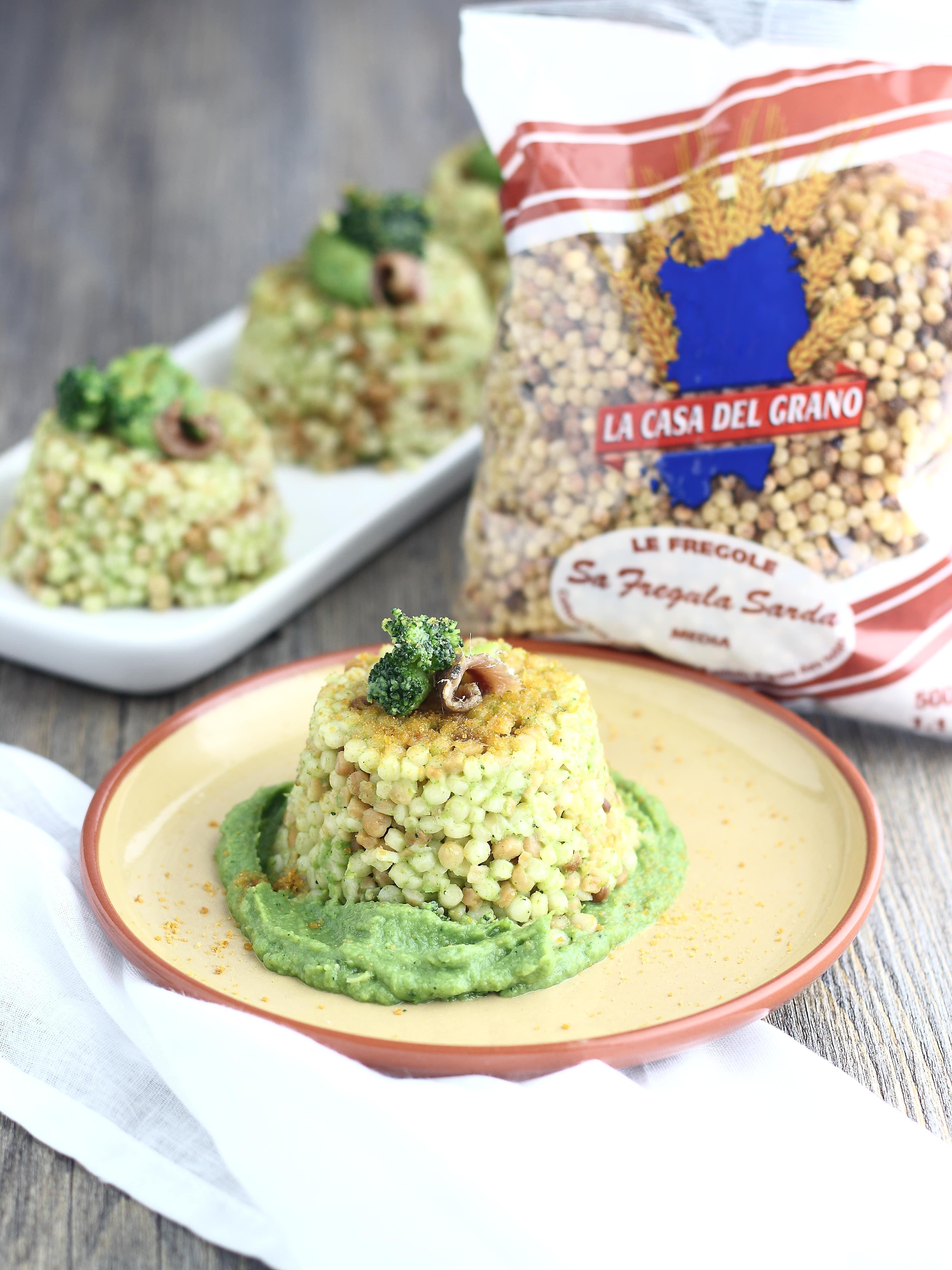 torricelle di fregola con broccoli e bottarga